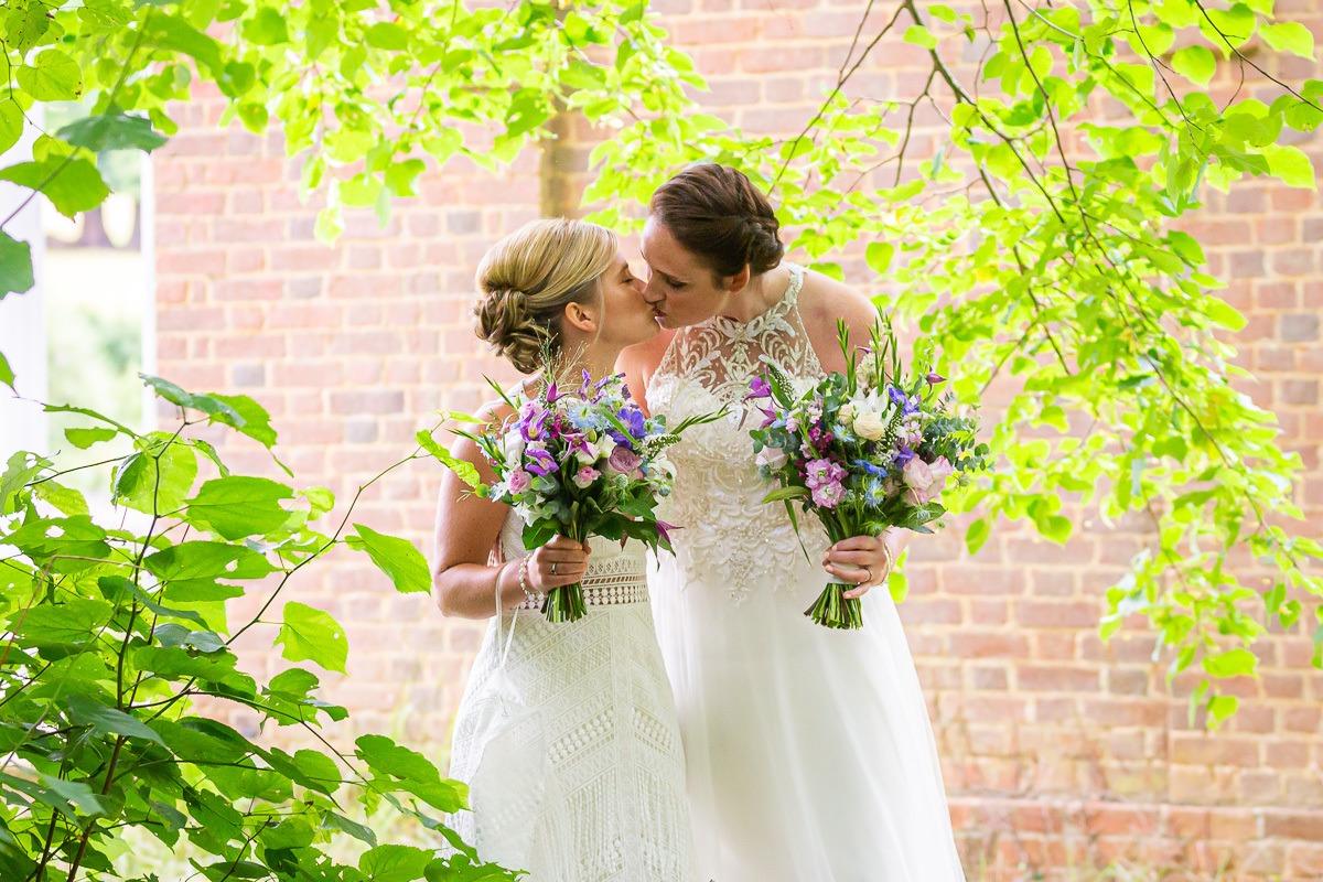 wedding photographer hertfordshire berkshire buckinghamshire bedfordshire